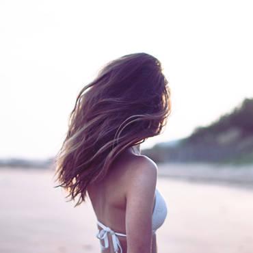 Come prendersi cura dei nostri capelli in estate